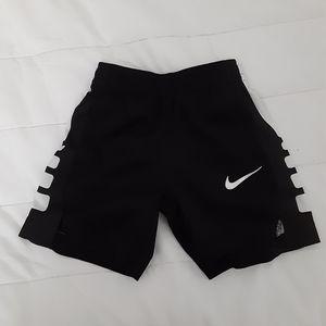 Toddlers basketball shorts